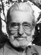 Theodor S Geisel, known to his millons of fans the world over as Dr. Seuss in a publicity portrait from the film biography 'In Search Of Dr. Seuss', 1994. (Photo by TNT/Getty Images)